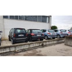 LOTTO STOCK AUTOMOBILI PER RICAMBI